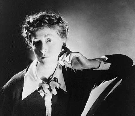 Black and white portrait of poet Marianne Moore